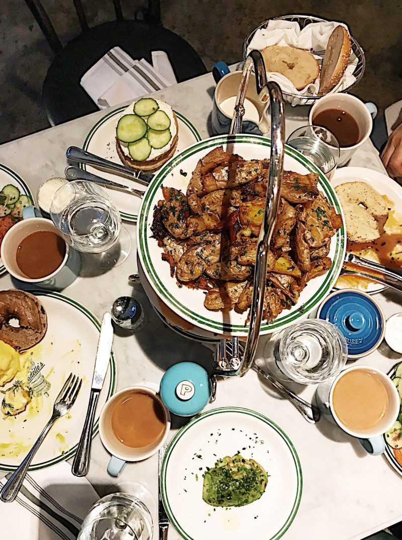 Travel blogger Meaghan Murray shares a restaurant guide for New York City on her blog The Stopover