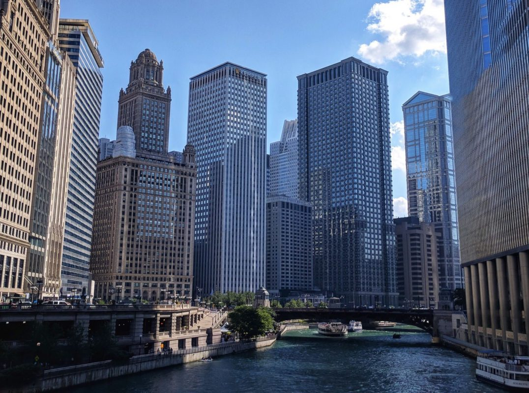 Travel blogger Meaghan Murray shares a city guide for Chicago on her blog The Stopover