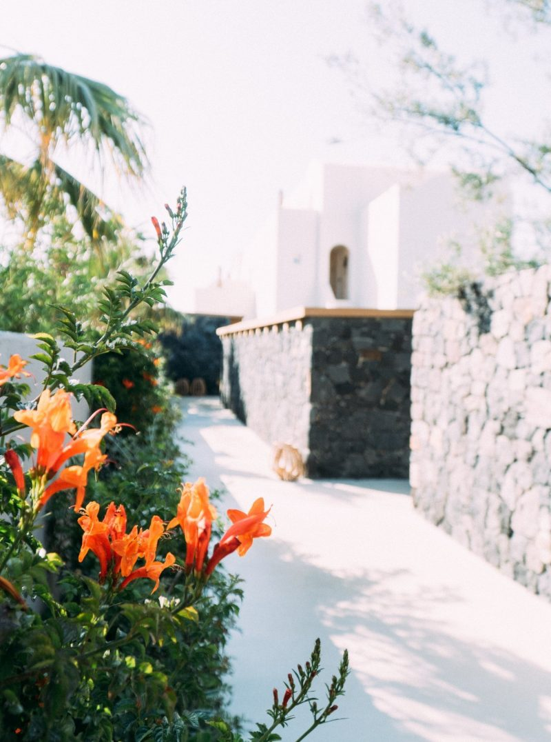 Travel blogger Meaghan Murray shares a hotel guide for The Istoria hotel in Santorini, Greece on her blog The Stopover
