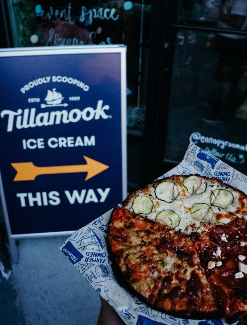 Food blogger Meaghan Murray shares a review of the Tillamook VIP party in Boston on her blog The Stopover