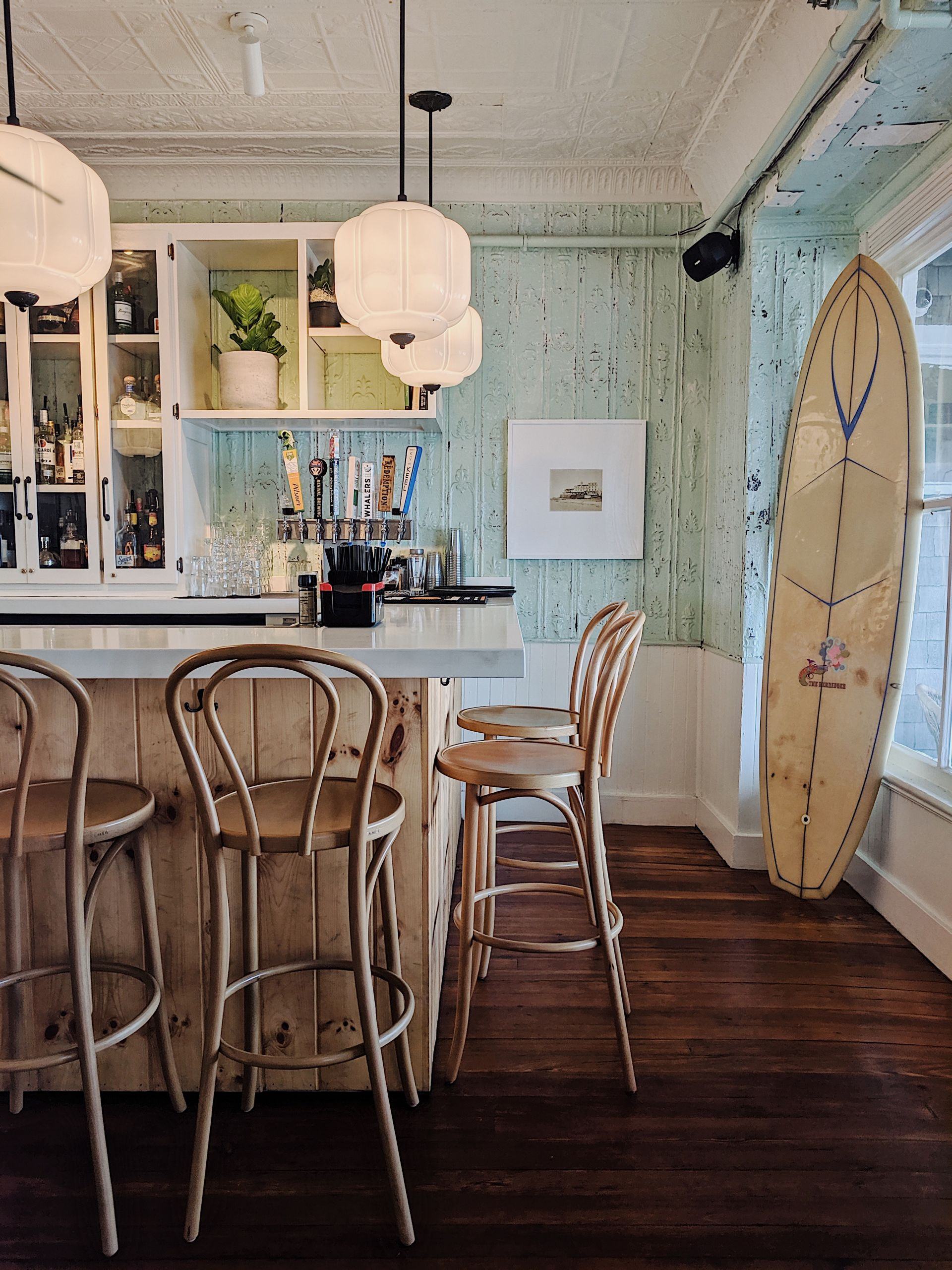 Travel blogger Meaghan Murray shares a review of The Block Island Beach House on Block Island, Rhode Island on her blog The Stopover
