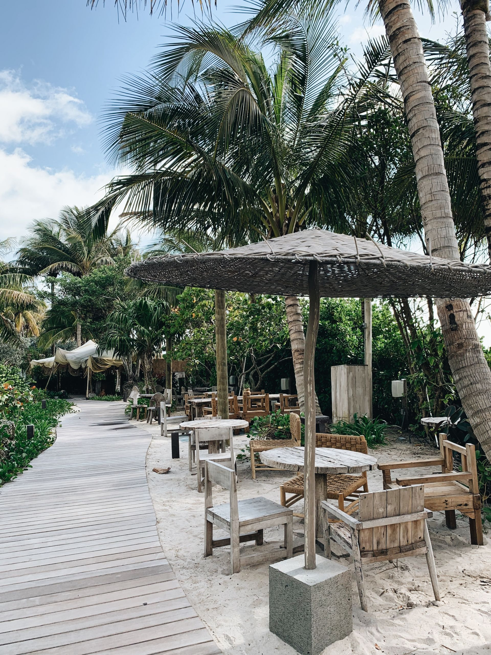 Travel blogger Meaghan Murray shares a review of the 1 Hotel in Miami Beach on her blog The Stopover